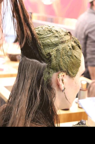 khadi Basis Pflanzenhaarfarb-Schulung für Friseure